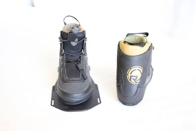 RS 1 FRONT BOOT RIGHT RADAR 2009